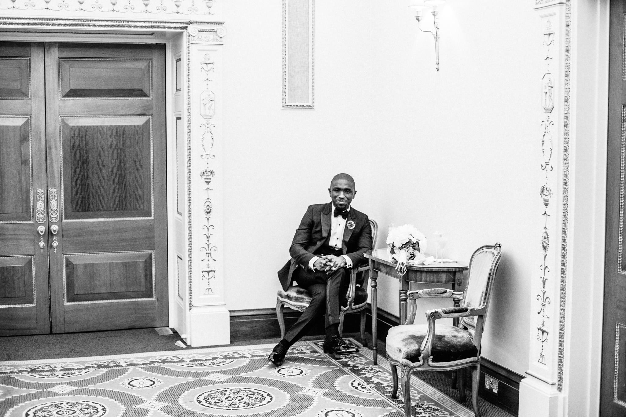london-wedding-photographer-nigerian-montecalm-stbartholemew-plaisterers-91.jpg