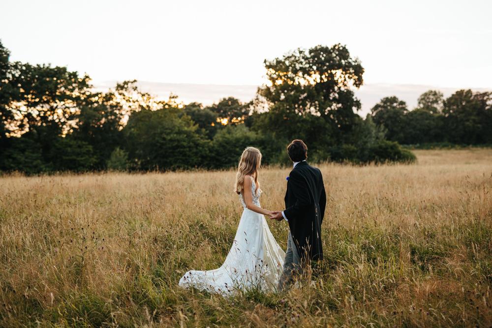 HATTIE & OLLY // ENGLISH COUNTRY GARDEN WEDDING -