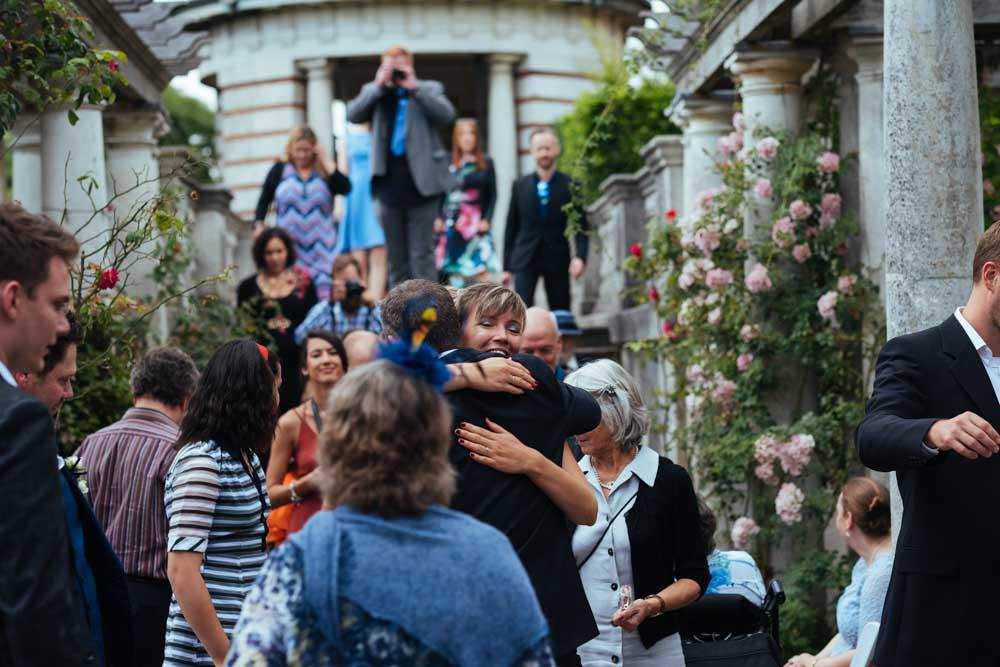 pergola hill and garden wedding