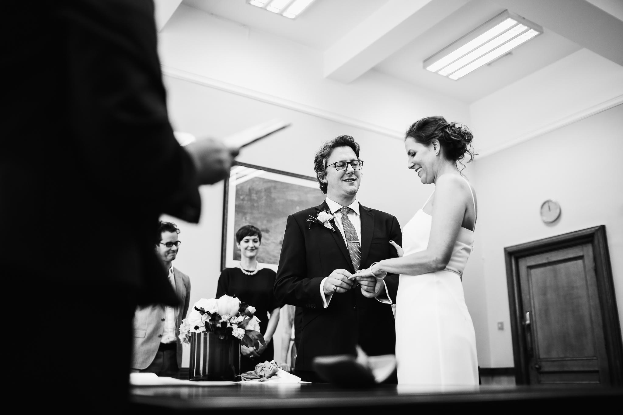 islington_town_hall_wedding_photographer
