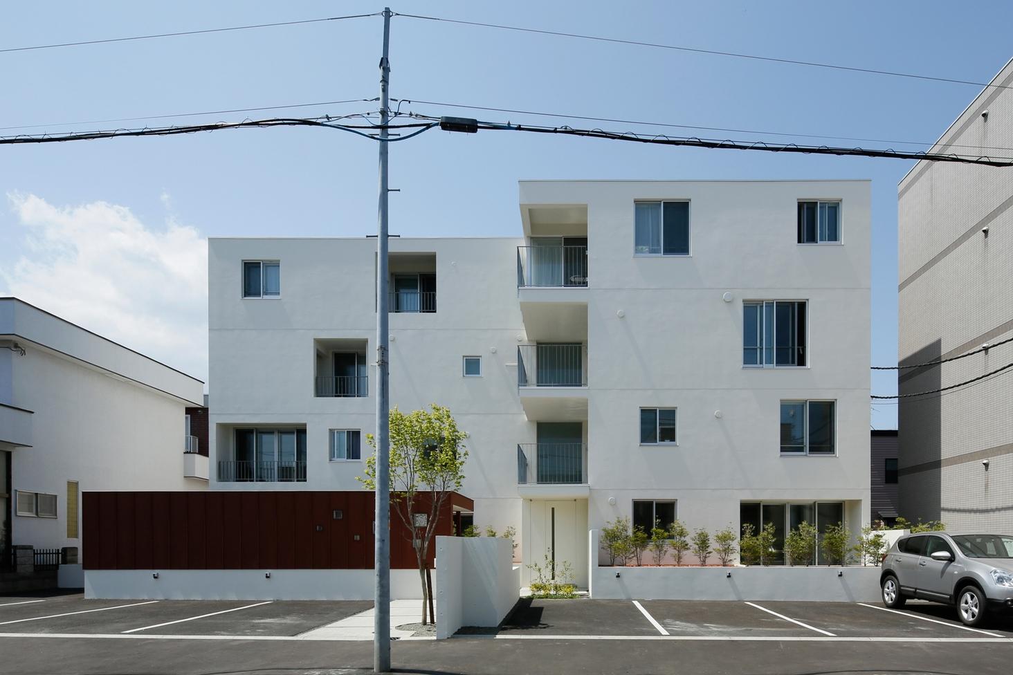 Emi-asu apartment 2012