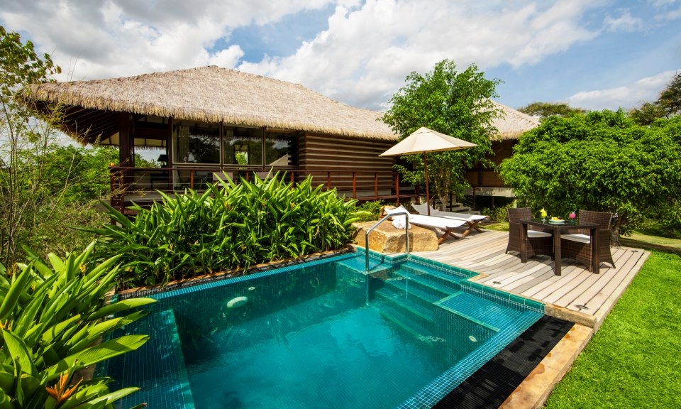 ulagalla-Luxury Hotel Suite with Private Pool.jpg