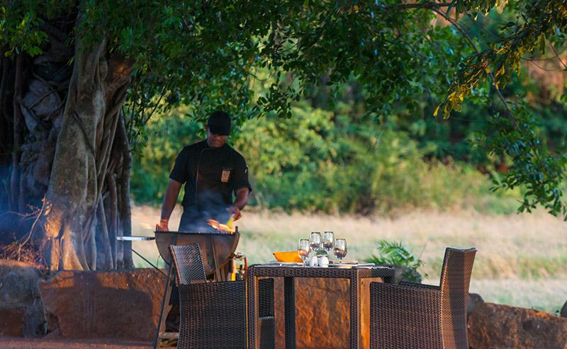 ulagalla-Private-Dining-2.jpg