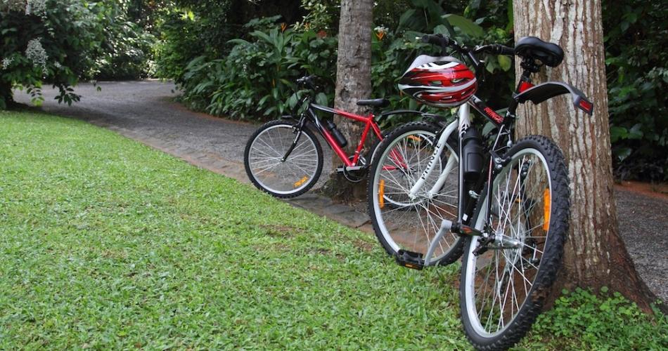the-kandy-house-bicylces.jpg