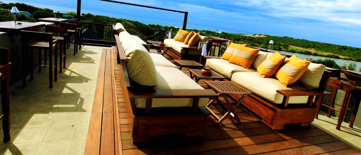 Chaya-wild-yala-sri-lanka-observation-deck-bar.jpg
