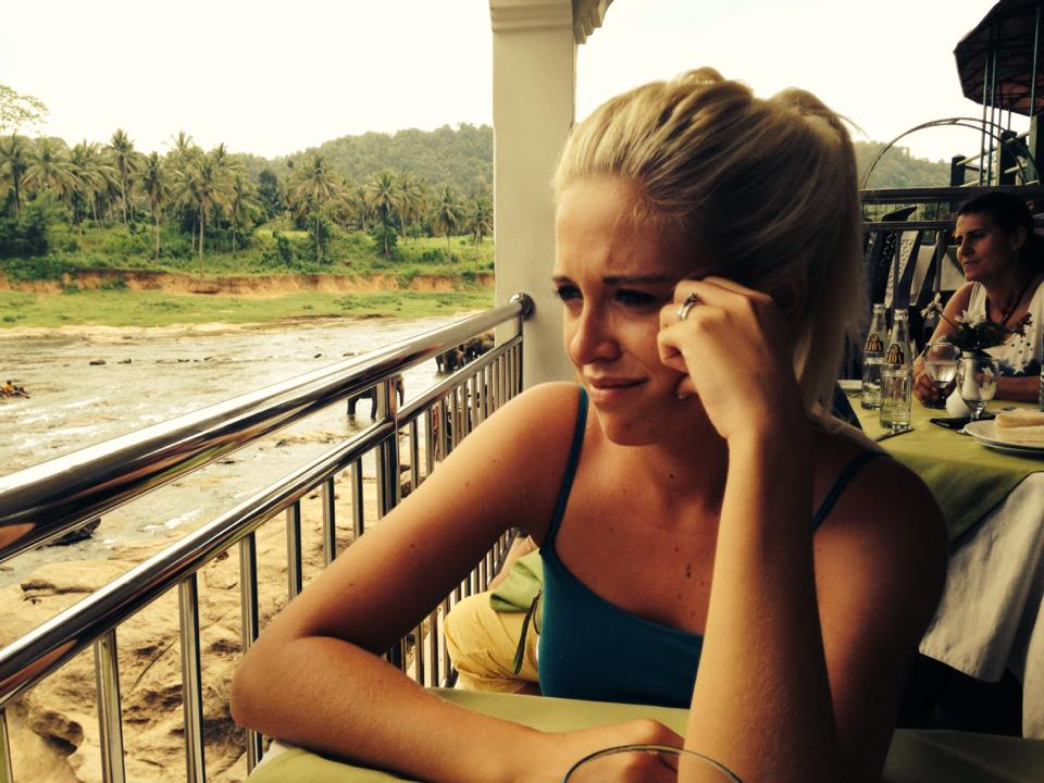 pinnawala-elephant-orphanage-sri-lanka-invite-to-paradise-honeymoon-couple-2.jpg