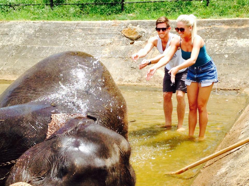 pinnawala-elephant-orphanage-sri-lanka-invite-to-paradise-honeymoon-couple-1.jpg