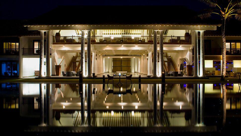 invite-to-paradise- sri-lanka-hotel-south-coast-beach-boutique-luxury-poolside-night-dining.jpg