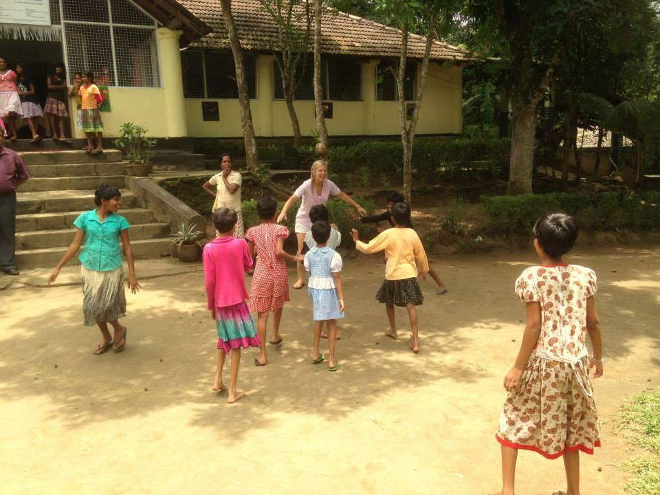 invite-to-paradise-customer-honeymoon-sri-lanka-chldrens-orphanage.jpg