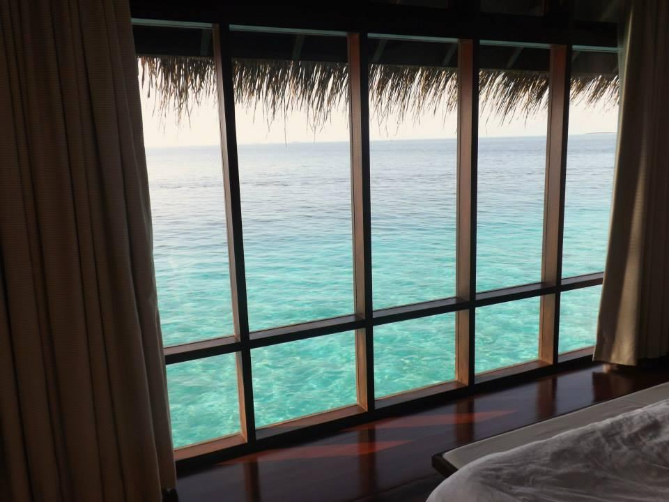 invite-to-paradise-customer-honeymoon-maldives-room-view.jpg