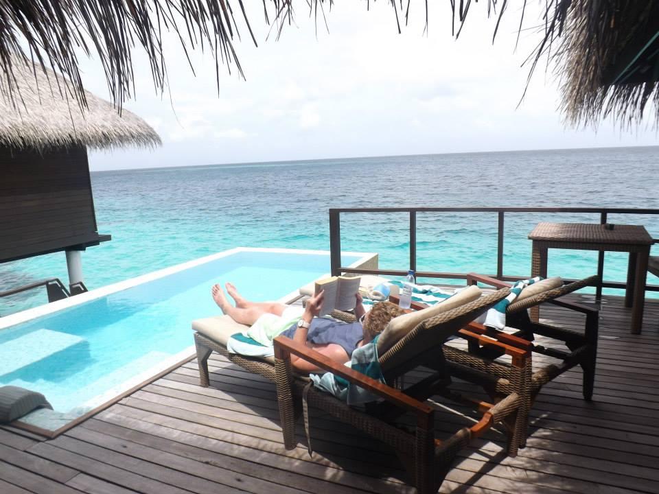 invite-to-paradise-customer-honeymoon-maldives-water-villa-pool.jpg