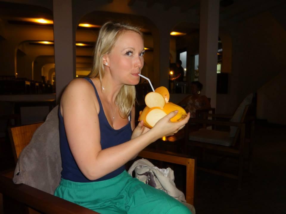 invite-to-paradise-customer-c-honeymoon-sri-lanka-maldives-king-coconut.jpg