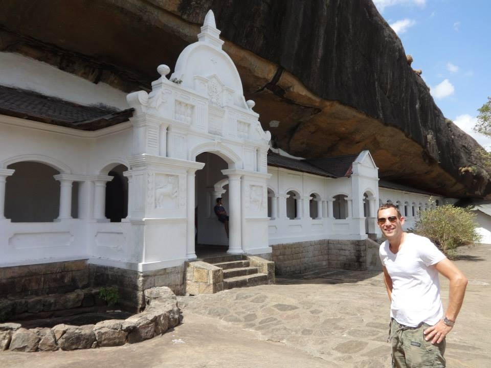 invite-to-paradise-customer-c-honeymoon-sri-lanka-maldives-templ-1.jpg