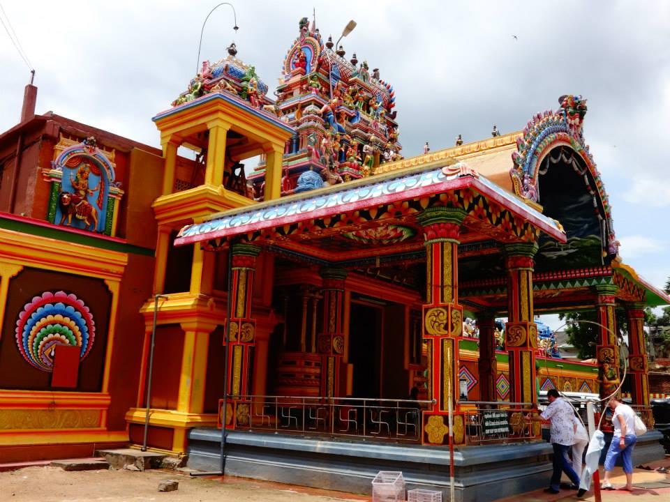 invite-to-paradise-customer-c-honeymoon-sri-lanka-maldives-temple-2.jpg