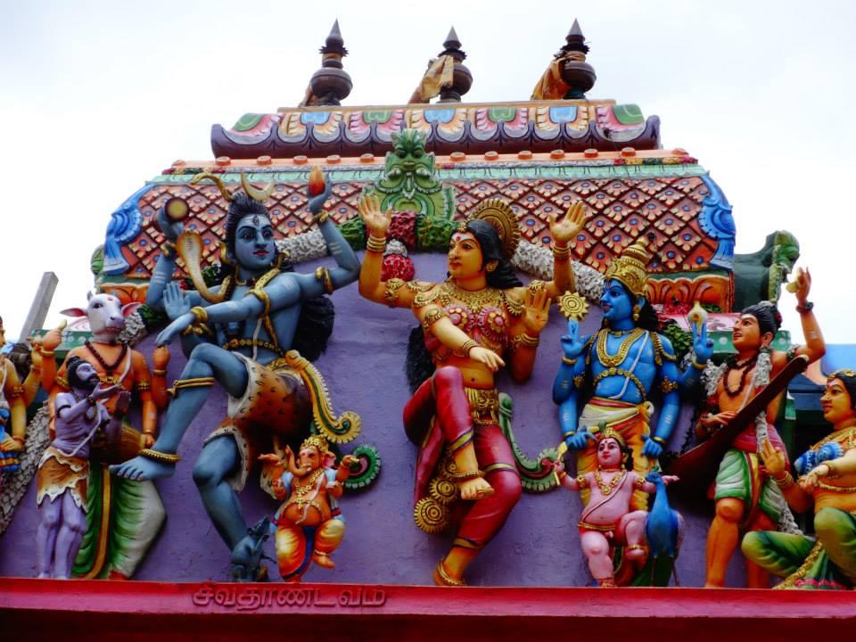 invite-to-paradise-customer-c-honeymoon-sri-lanka-maldives-temple-3.jpg