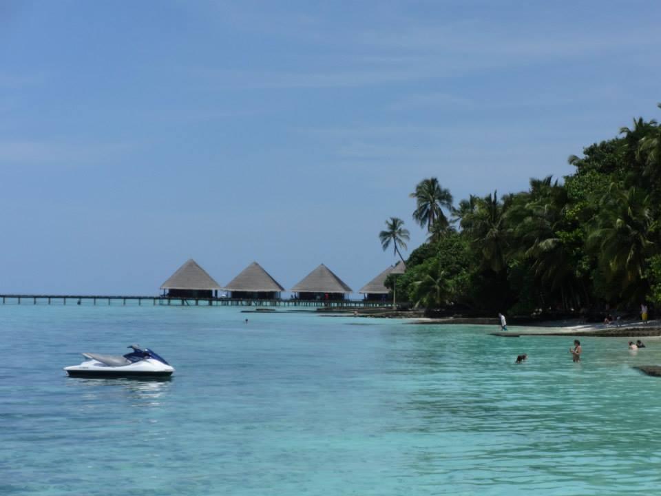 invite-to-paradise-customer-c-honeymoon-sri-lanka-maldives-beach-4.jpg
