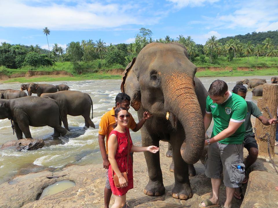 invite-to-paradise-holiday-honeymoon-sri-lanka-couple-october-29.jpg