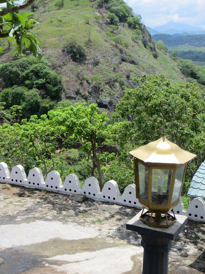 invite-to-paradise-holiday-honeymoon-sri-lanka-couple-october-49.jpg