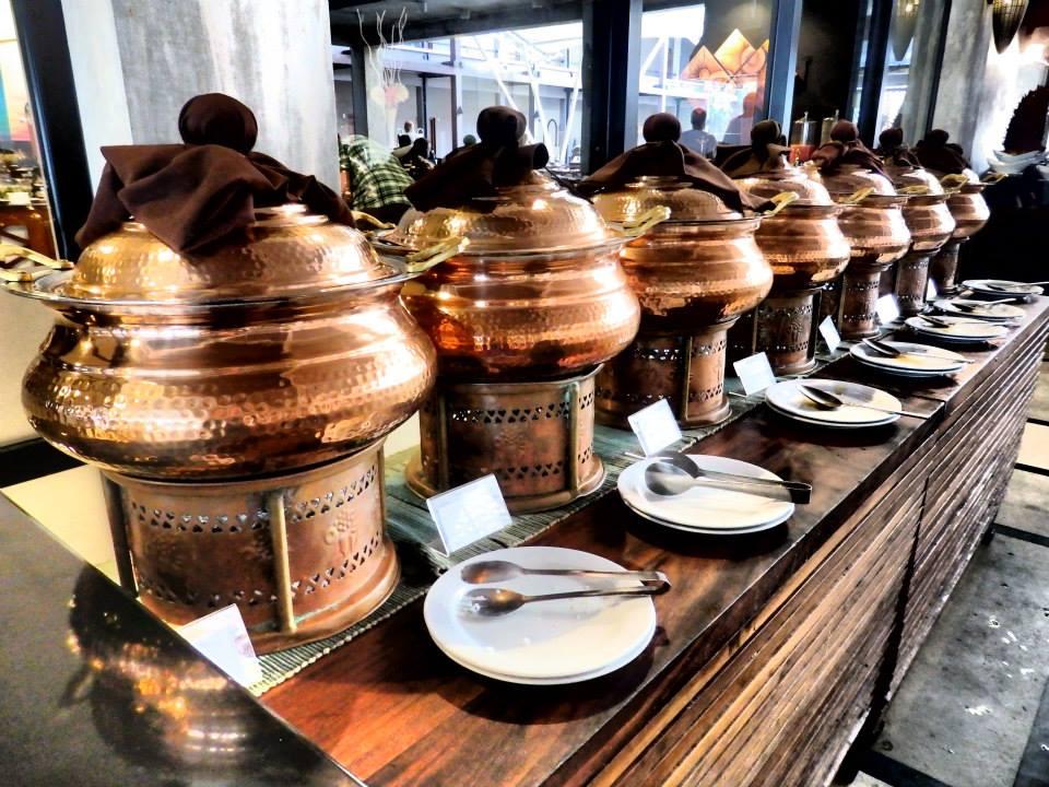 invite-to-paradise-customer-review-claire-simon-honeymoon-sri-lanka-curry.jpg