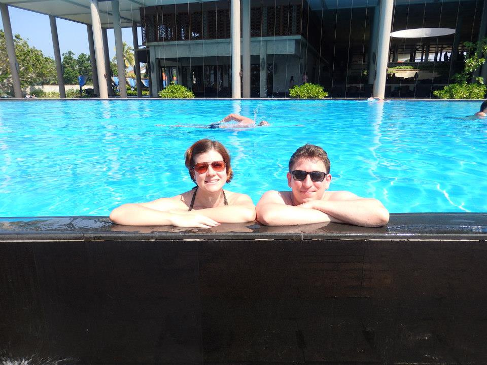 invite-to-paradise-customer-review-claire-simon-honeymoon-sri-lanka-pool.jpg