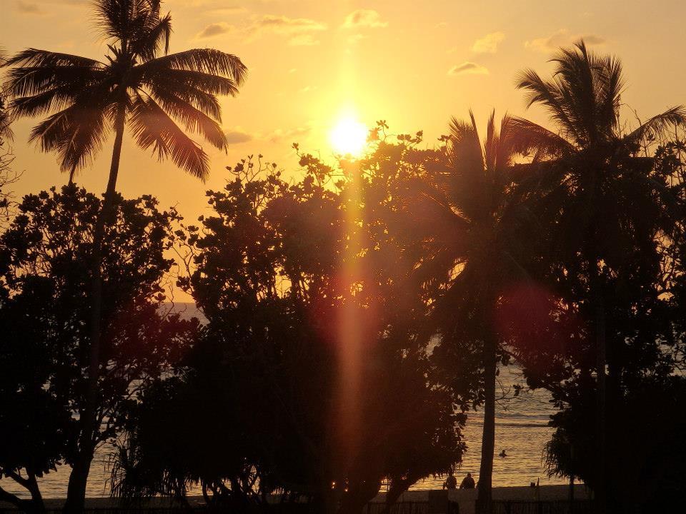 invite-to-paradise-customer-review-claire-simon-honeymoon-sri-lanka-sunset.jpg