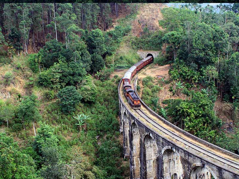 Invite-to-Paradise-Sri-Lanka-holiday-honeymoon-hotel-tea-plantation-boutique-the-secret-ella-9-arch-train-bridge-2.jpg