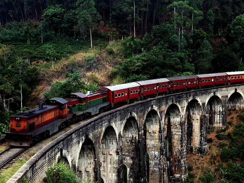 Invite-to-Paradise-Sri-Lanka-holiday-honeymoon-hotel-tea-plantation-boutique-the-secret-ella-9-arch-train-bridge.jpg
