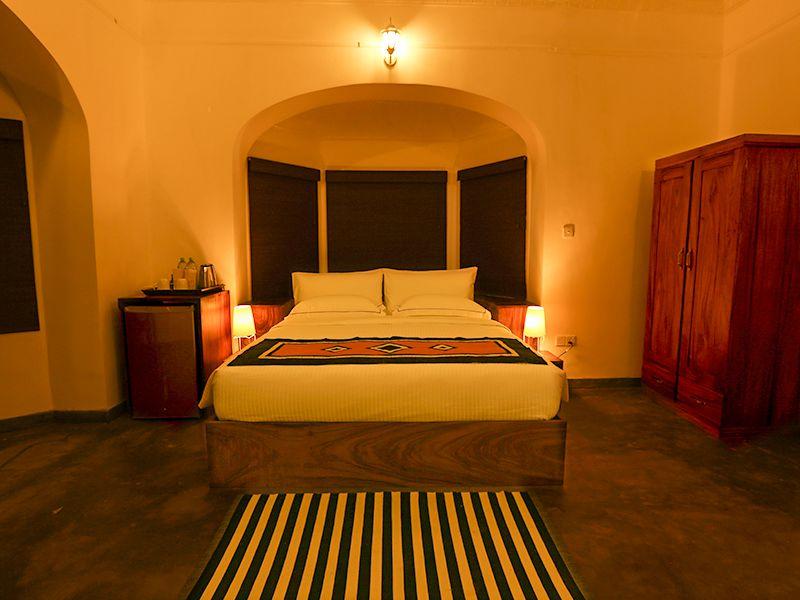Invite-to-Paradise-Sri-Lanka-holiday-honeymoon-hotel-tea-plantation-boutique-the-secret-ella-room-1.jpg
