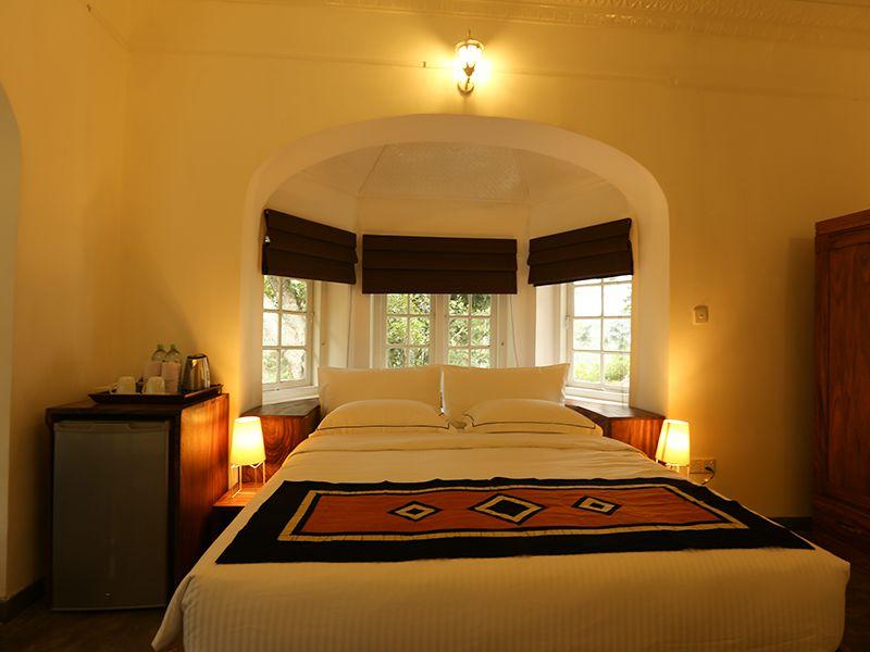 Invite-to-Paradise-Sri-Lanka-holiday-honeymoon-hotel-tea-plantation-boutique-the-secret-ella-room-5.jpg