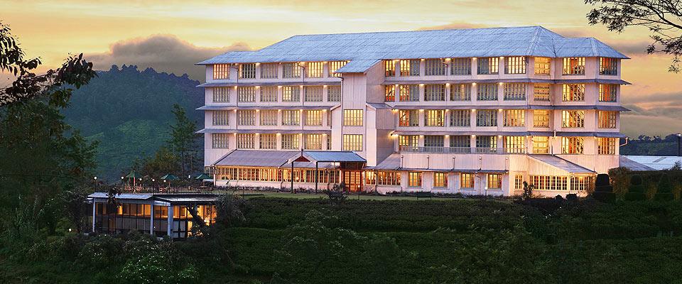 invite-to-paradise-sri-lanka-holidays-honeymoons-heritance-tea-plantation-hotel-tea-factory-1.jpg