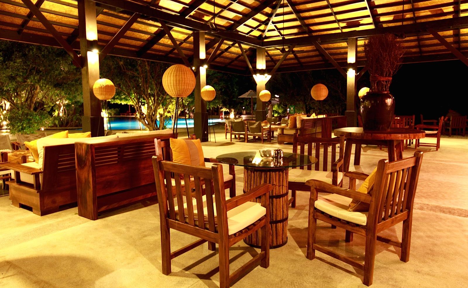 invite-to-paradise-holiday-honeymoon-sri-lanka-specialists-safari-lodge-cinnamon-wild-hotel-5.jpg