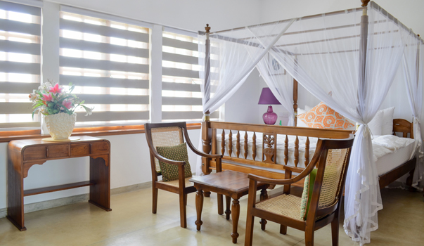 invite-to-paradise-sri-lanka-specialists-holiday-honeymoon-weddings-travel-agent-tour-operator-kandy-luxury-colonial-boutique-18-Saffron-Deluxe-Colonial-Room.jpg