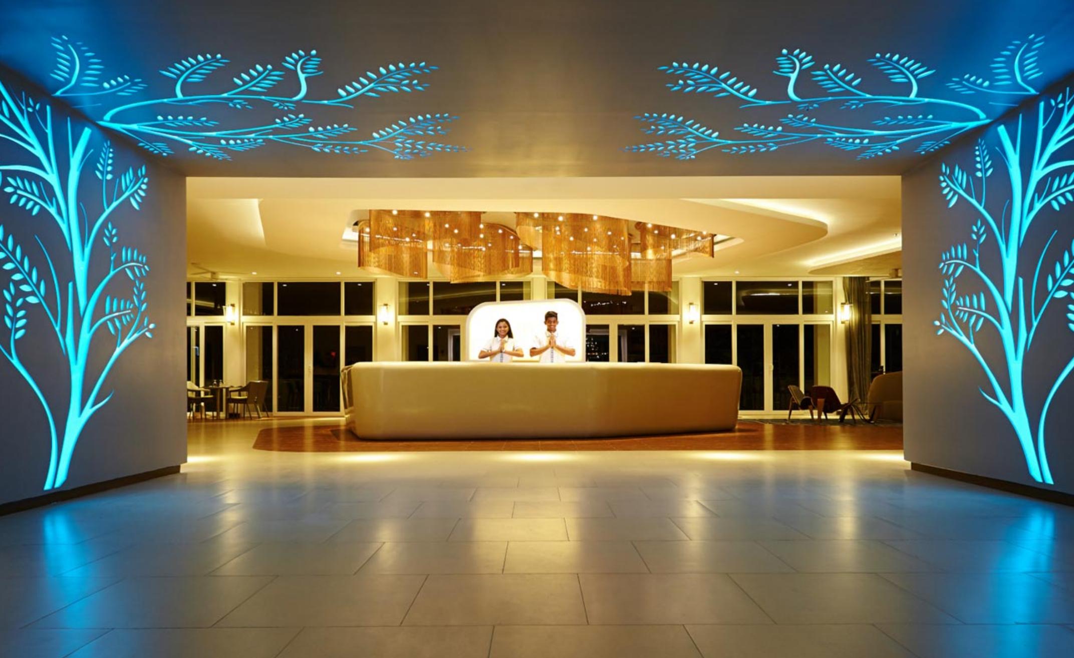 invite-to-paradise-sri-lanka-specialists-experts-holiday-honeymoon-travel-agent-tour-operator-kandy-luxury-city-ozo-3.png
