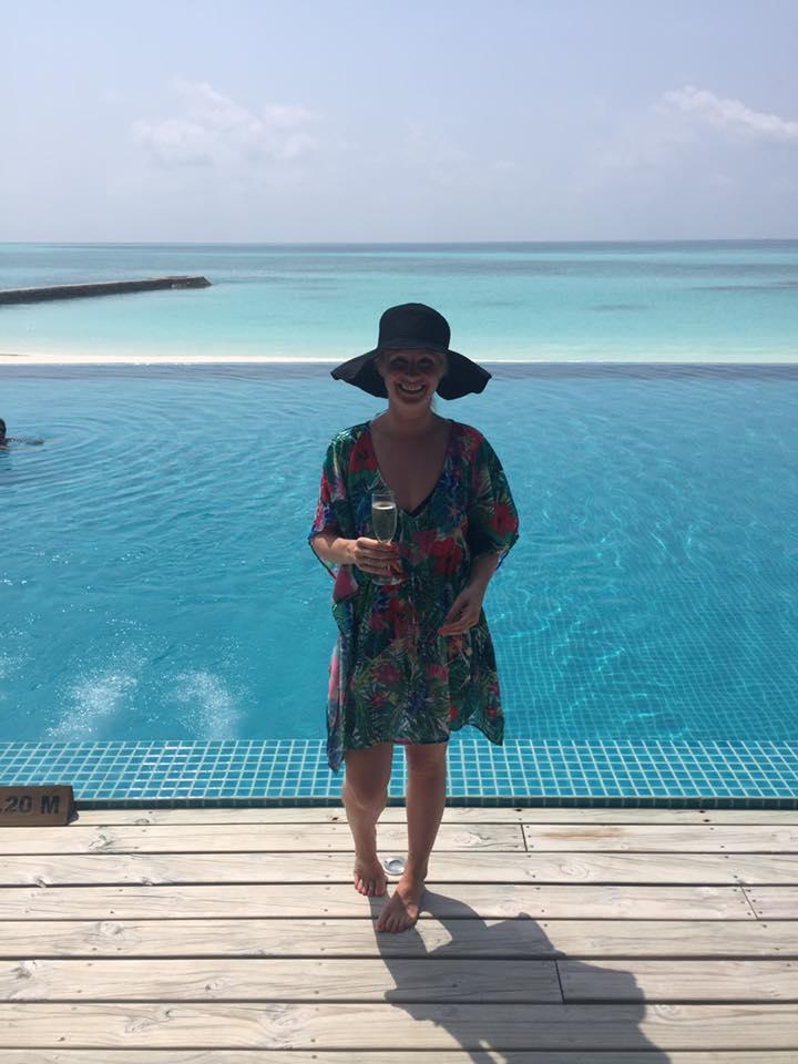 invite-to-paradise-sri-lanka-and-maldives-specialists-travel-agent-tour-operator-customer-review--feedback-joel-rhian-atmopshere-kanifushi-pool-2.jpg