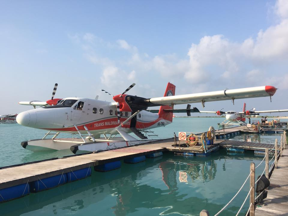 invite-to-paradise-sri-lanka-and-maldives-specialists-travel-agent-tour-operator-customer-review--feedback-joel-rhian-atmopshere-kanifushi-seaplane.jpg