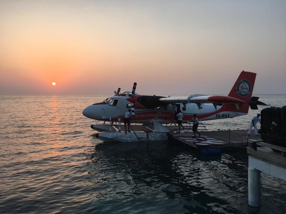 invite-to-paradise-sri-lanka-and-maldives-specialists-travel-agent-tour-operator-customer-review--feedback-joel-rhian-atmopshere-kanifushi-seaplane-2.jpg