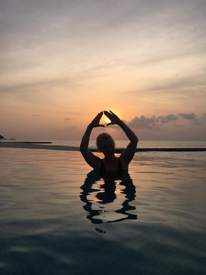 invite-to-paradise-sri-lanka-and-maldives-specialists-travel-agent-tour-operator-customer-review--feedback-joel-rhian-atmopshere-kanifushi-sunset-4.jpg