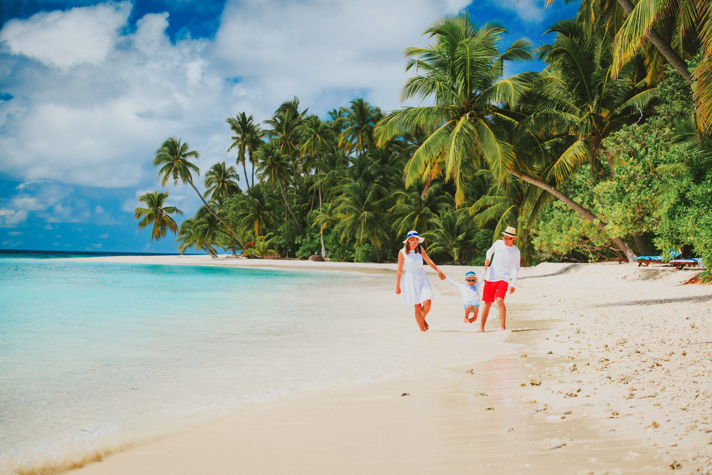 invite-to-paradise-maldives-sri-lanka-specialists-experts-travel-agent-tour-operator-luxury-family-holiday-package.jpg