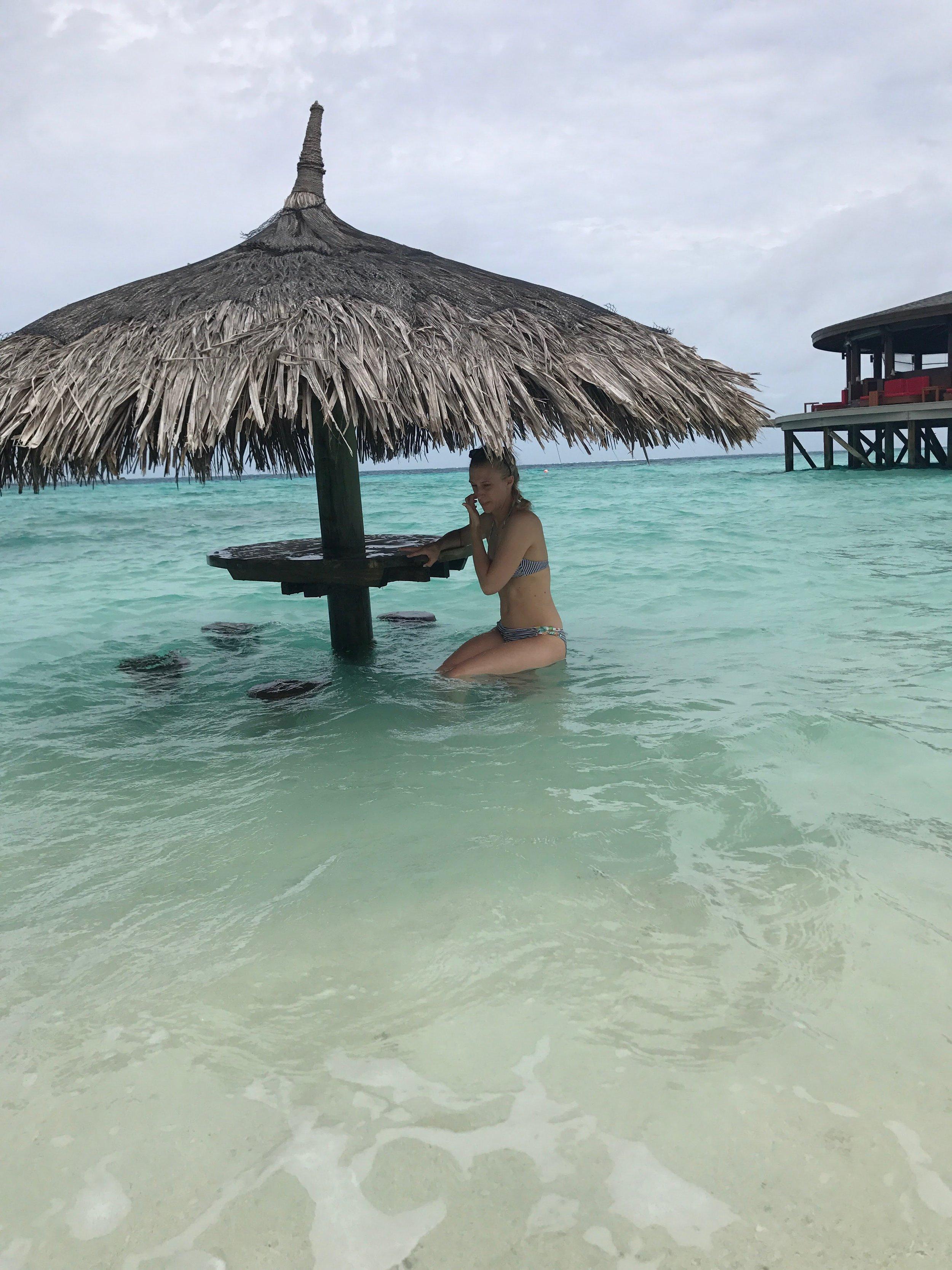invite-to-paradise-maldives-sri-lanka-specialists-experts-travel-agent-tour-operator-customer-feedback-lucas-emily-fenning-elephant-orphanage-centara-ras-fushi-2.jpg