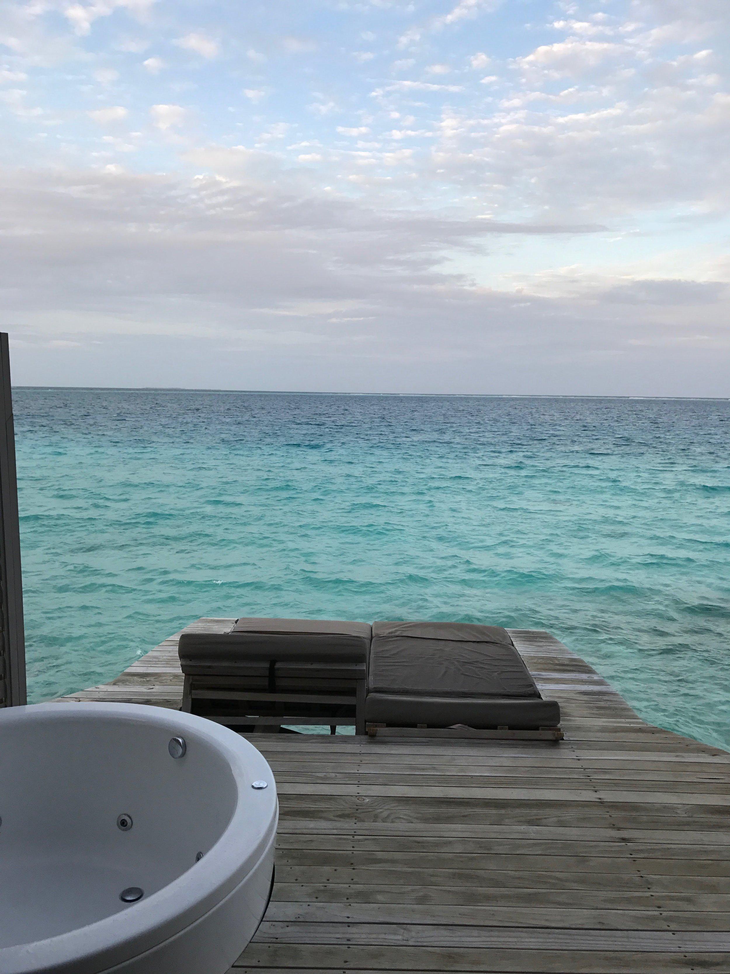 invite-to-paradise-maldives-sri-lanka-specialists-experts-travel-agent-tour-operator-customer-feedback-lucas-emily-fenning-elephant-orphanage-centara-ras-fushi-water-villa-2.jpg