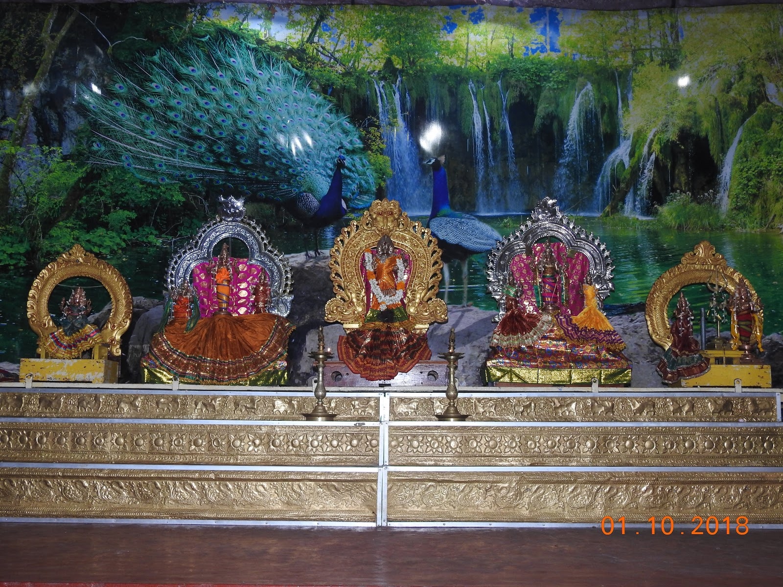 invite-to-paradise-sri-lanka-maldives-holiday-specialists-nutan-vidyut-patel-temple-1.jpg