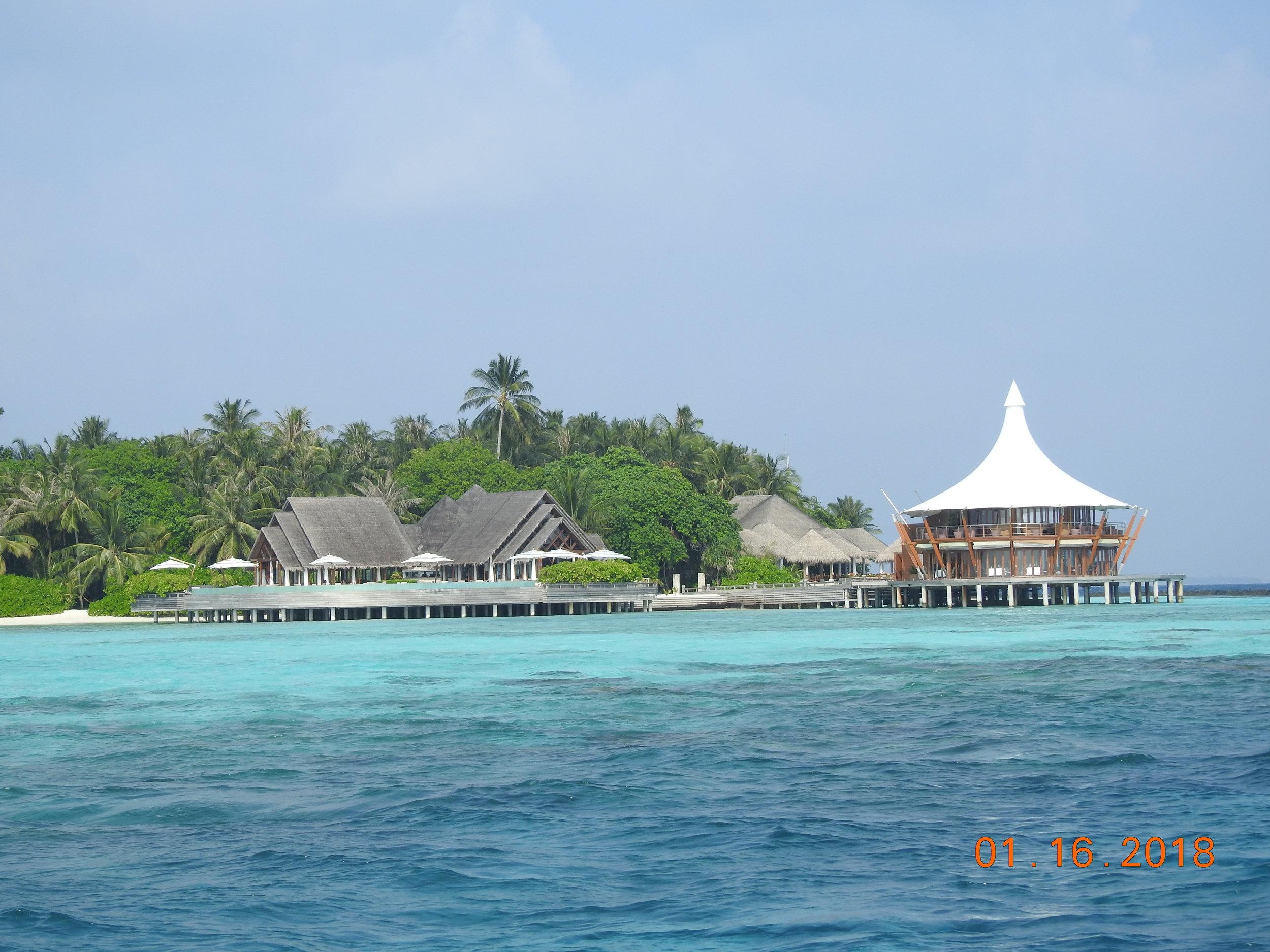 invite-to-paradise-sri-lanka-maldives-holiday-specialists-nutan-vidyut-patel-baros-2.JPG