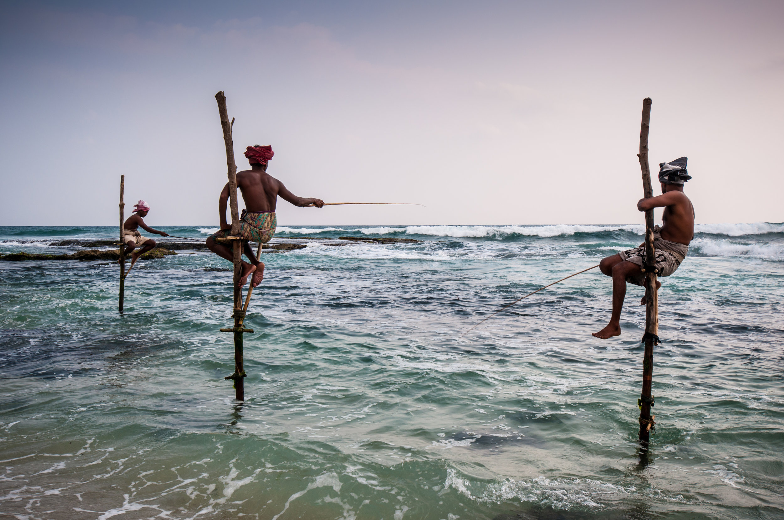 invite-to-paradise-maldives-sri-lanka-specialists-experts-travel-agent-tour-operator-stilt-fisherman-121120030.jpg