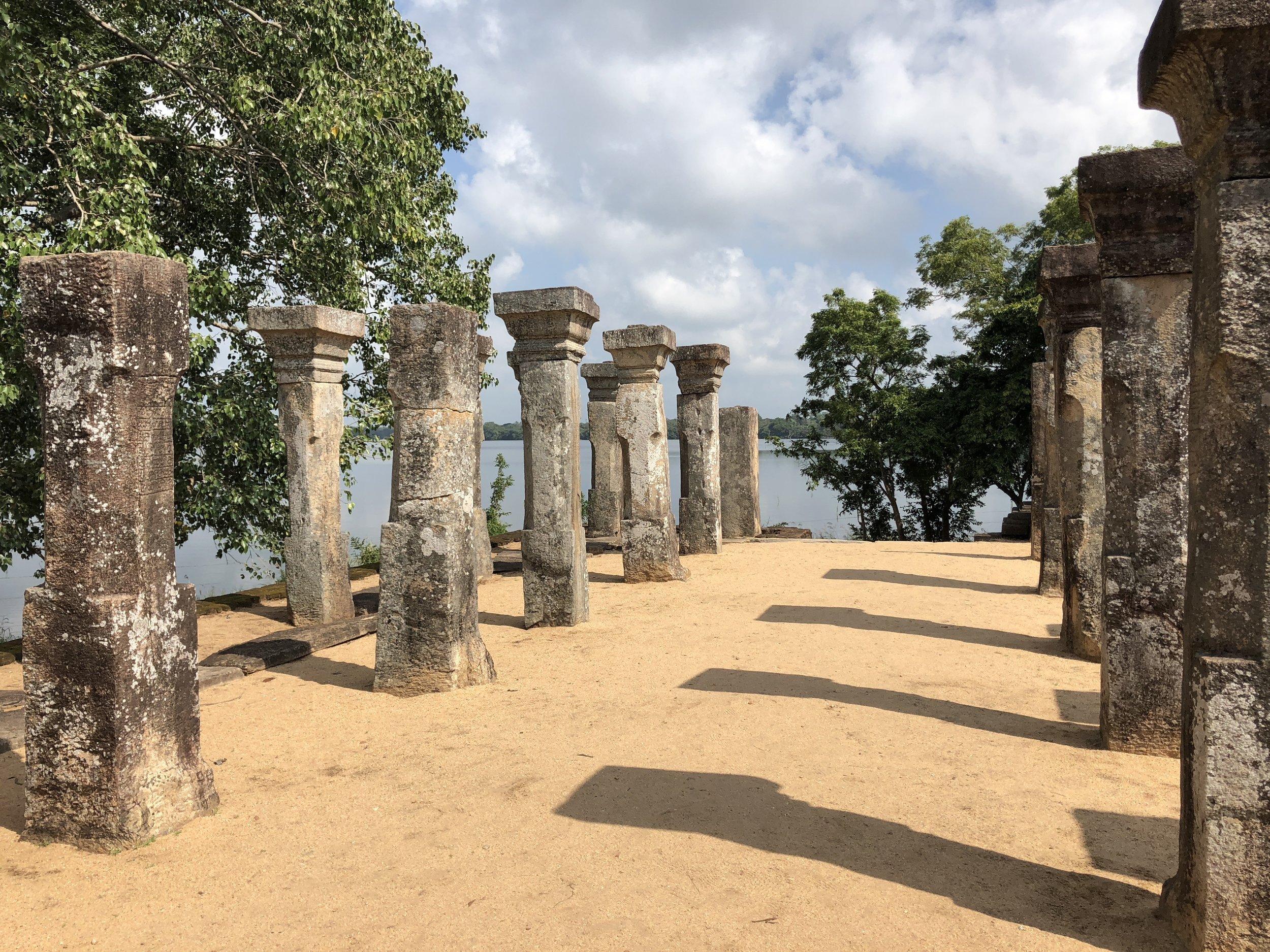 invite-to-paradise-sri-lanka-maldives-holiday-specialists-Anaïs-Beddard-Patrick-Ohsann-8.jpg