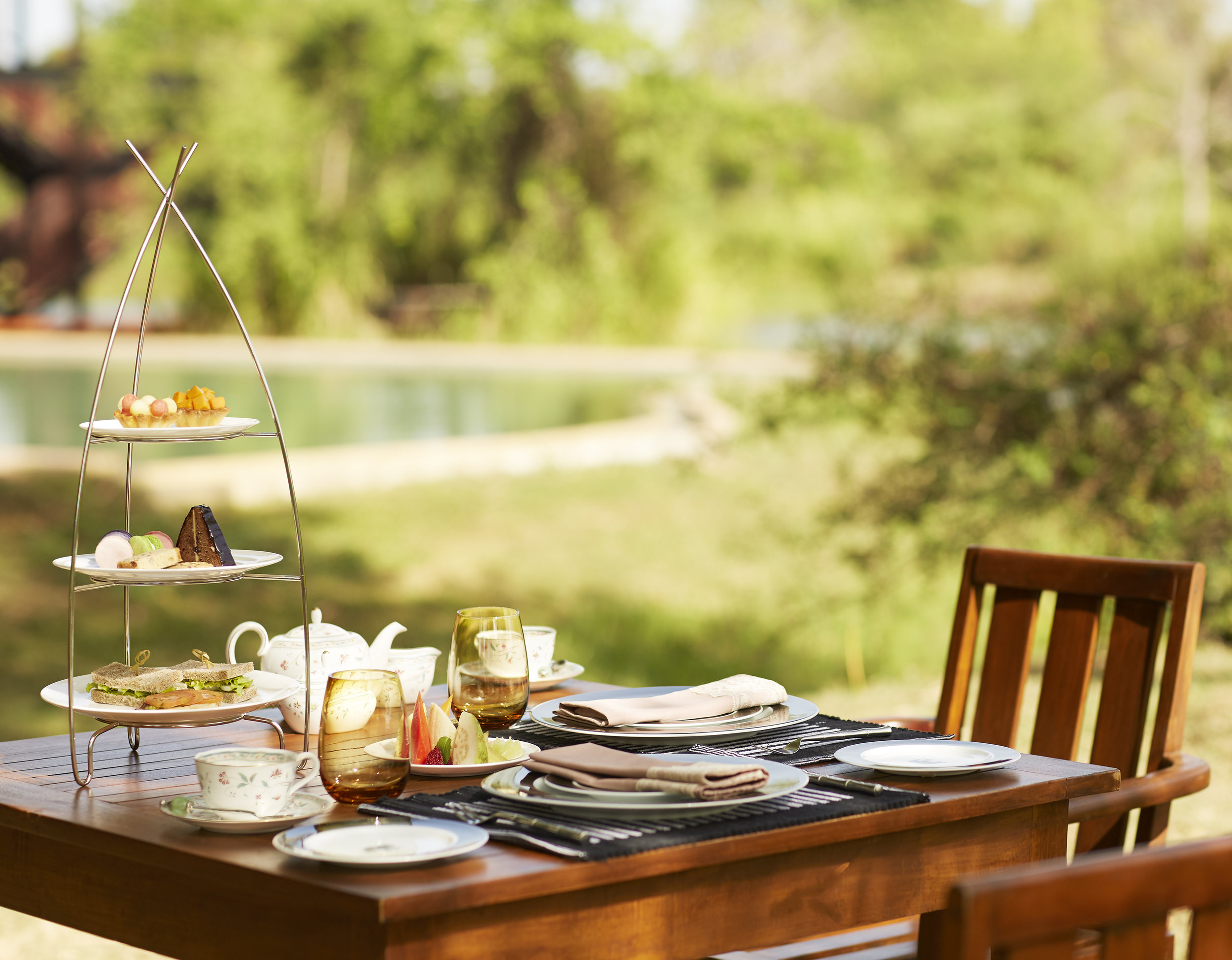 invite-to-paradise-sri-lanka-specialists-experts-travel-agent-tour-operator-jetwing-viluyana-hotel-cultural-triangle-hightea.jpg