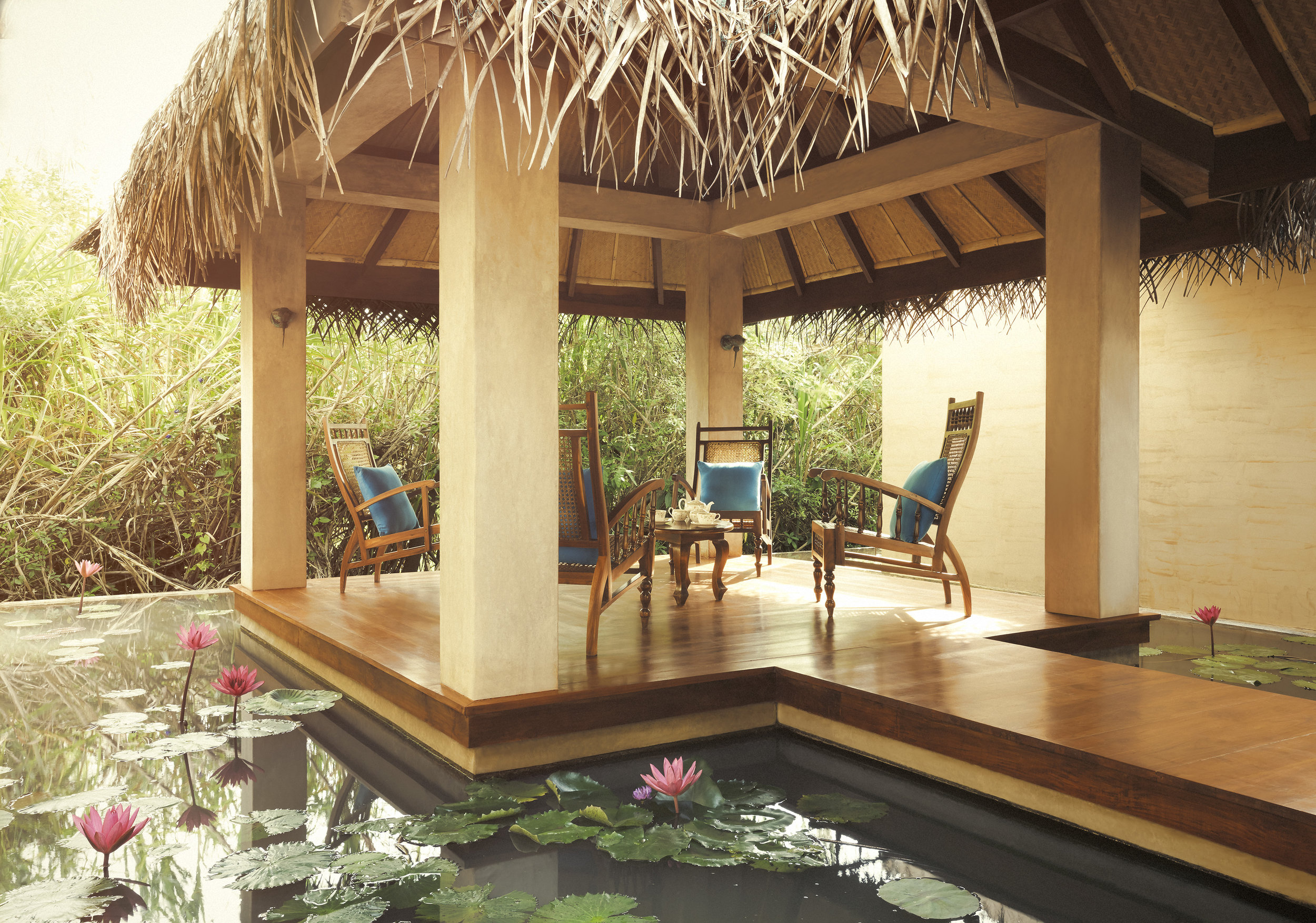 invite-to-paradise-sri-lanka-specialists-experts-travel-agent-tour-operator-jetwing-viluyana-hotel-cultural-triangle-spa-relax-2.jpg