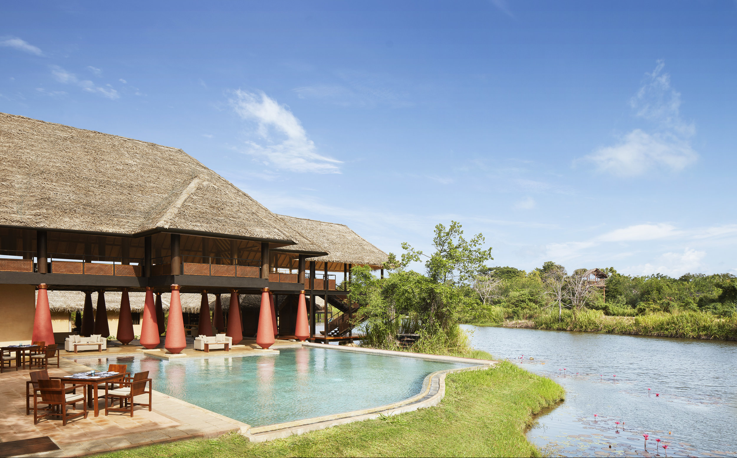 invite-to-paradise-sri-lanka-specialists-experts-travel-agent-tour-operator-jetwing-viluyana-hotel-cultural-triangle-exterior-3-day.jpg
