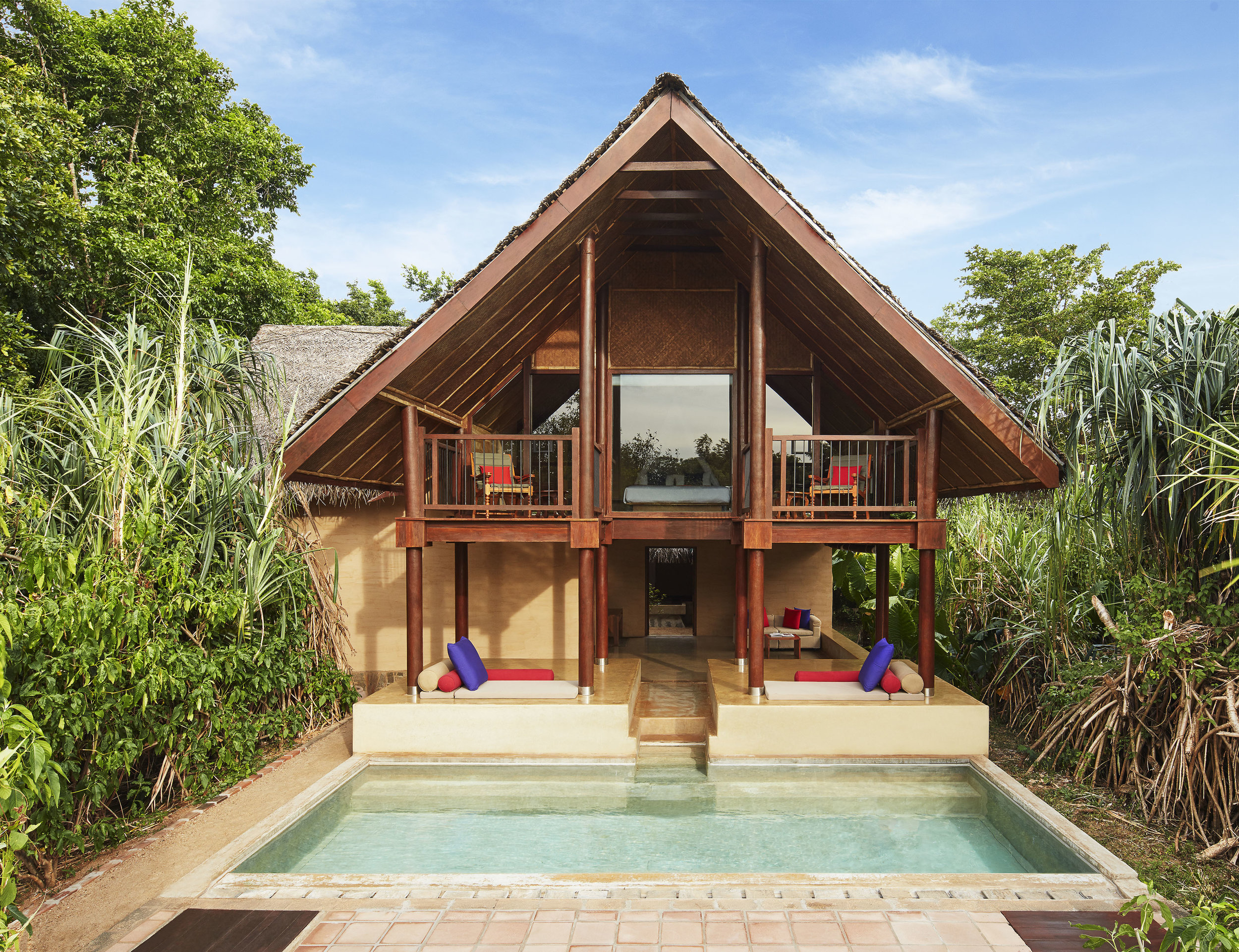 invite-to-paradise-sri-lanka-specialists-experts-travel-agent-tour-operator-jetwing-viluyana-hotel-cultural-triangle-dwelling-bedroom-forest-exterior.jpg
