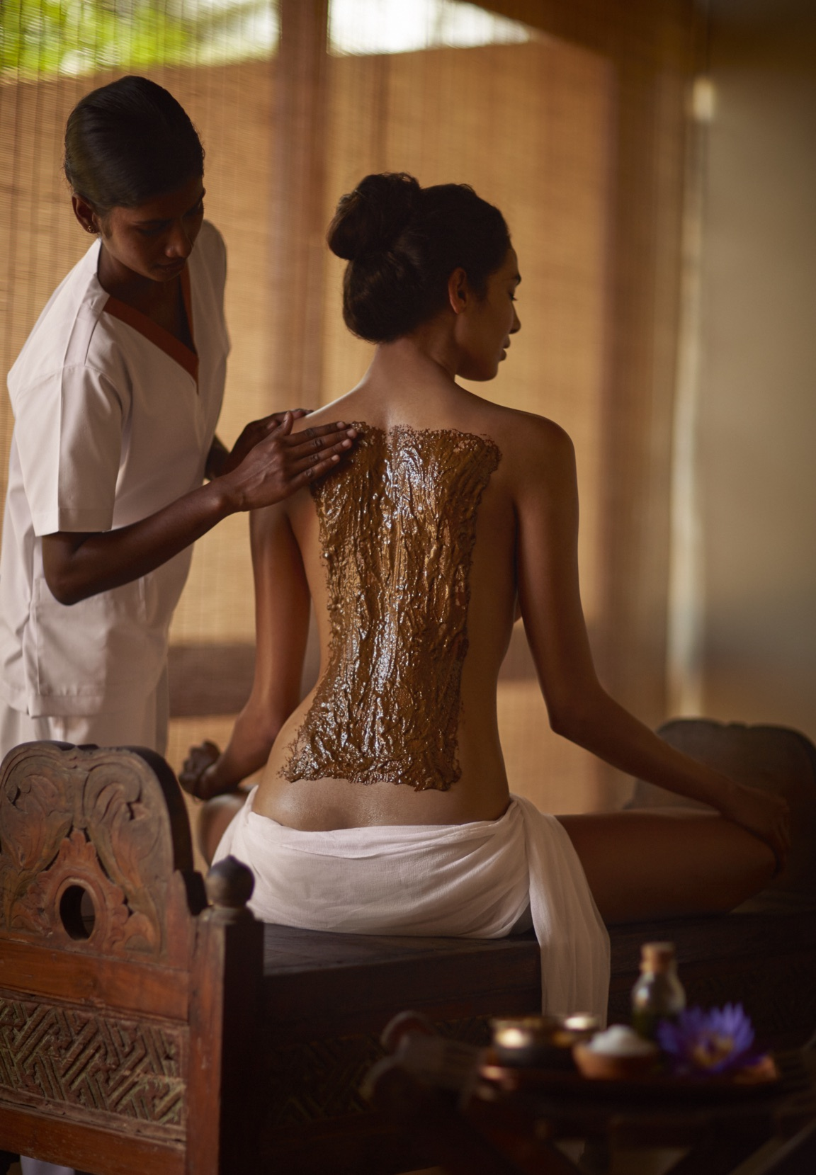 invite-to-paradise-sri-lanka-specialists-experts-travel-agent-tour-operator-jetwing-viluyana-hotel-cultural-triangle-spa-bodywrap.jpg