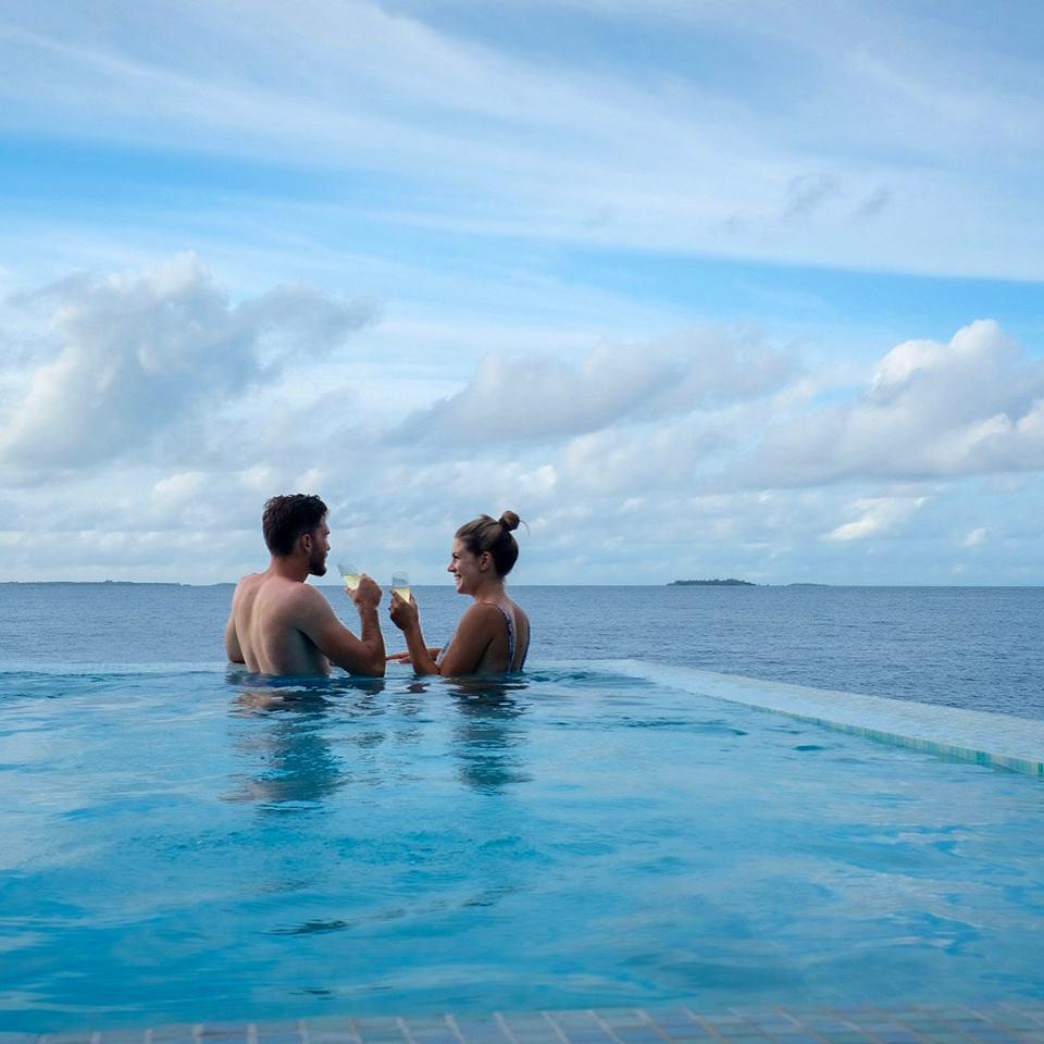 Matthew & Hannah Honeymoon  Click to see photos and feedback